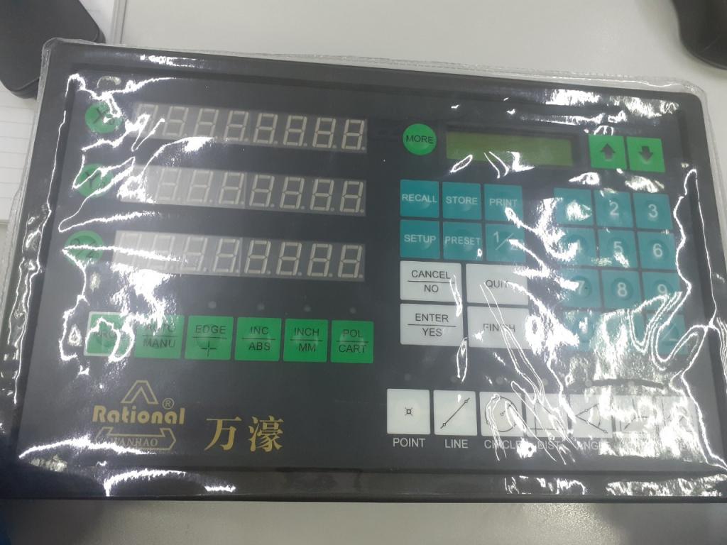 Bảng điều khiển cho máy đo 2D