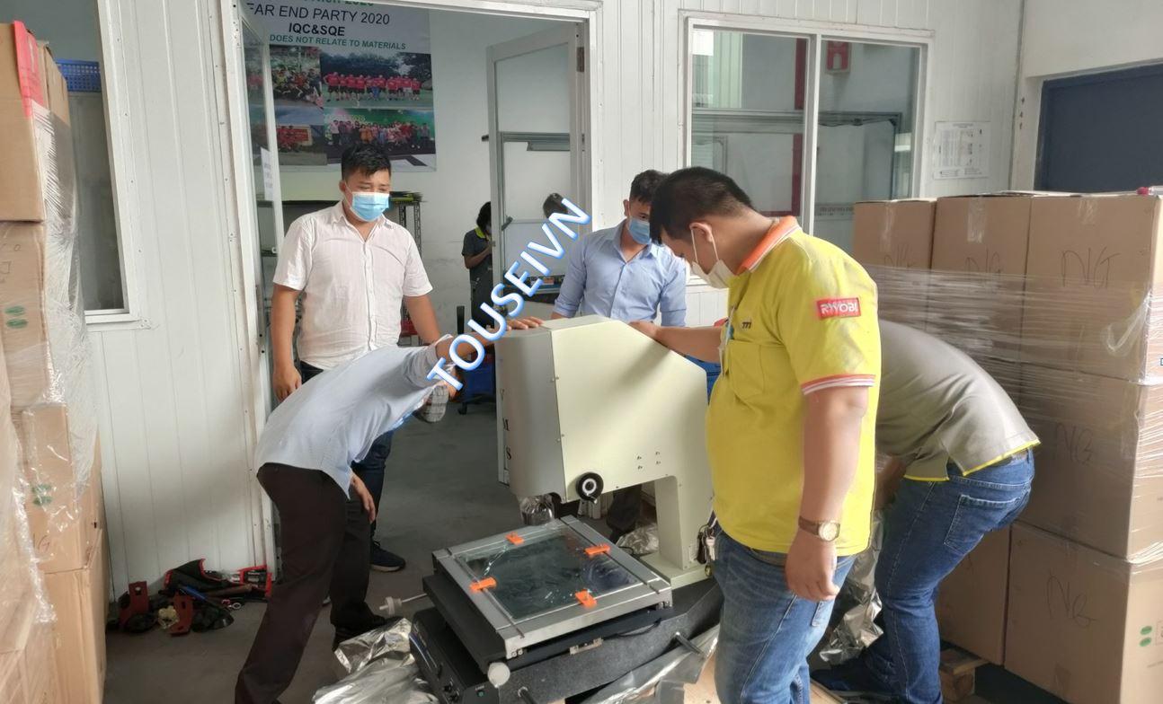 Bàn giao Lắp đặt máy đo VMS-4030