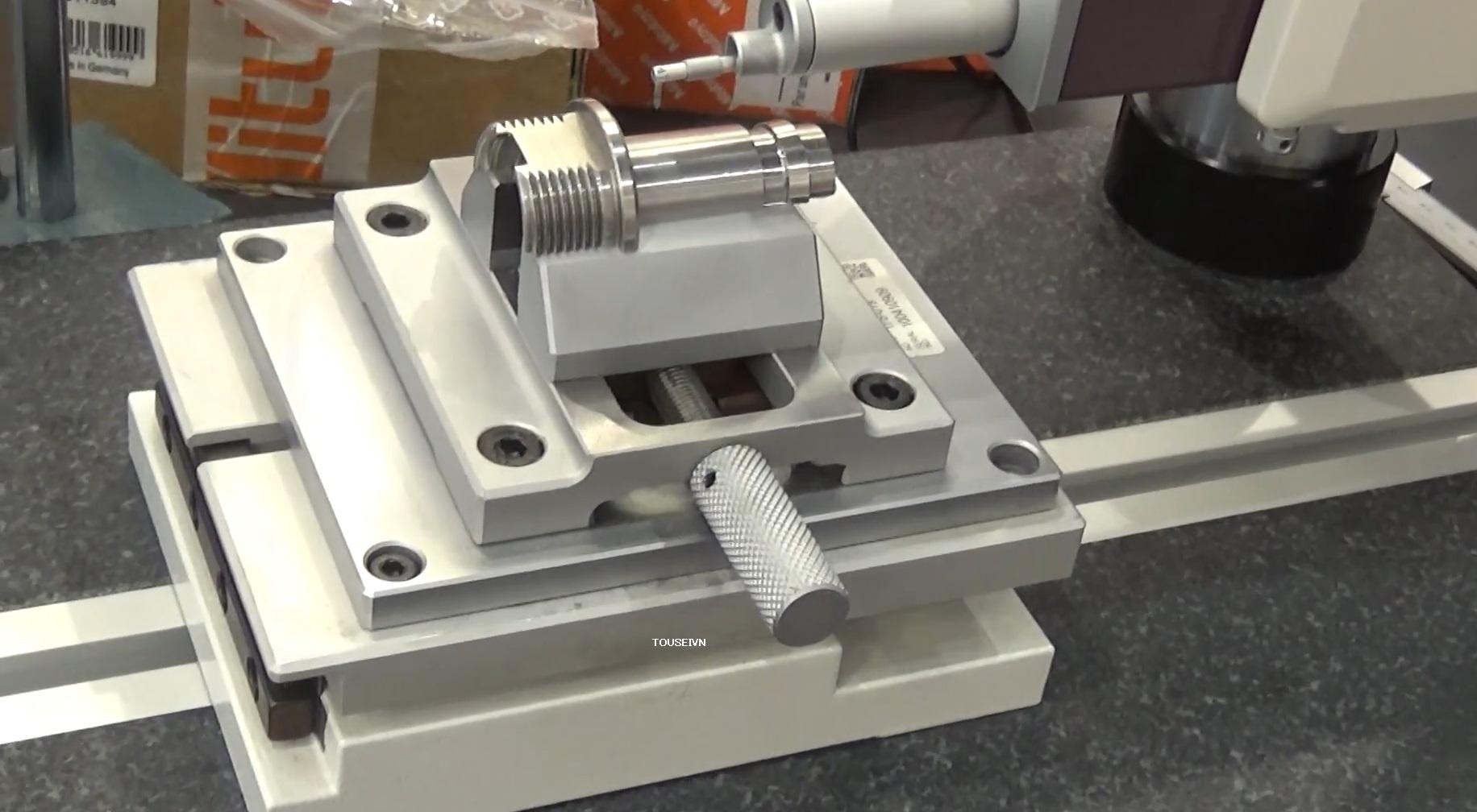 Ê tô kẹp chính xác 178-019 precision vise cho máy đo đô nhám bề mặt Surftest SJ-410 Mitutoyo